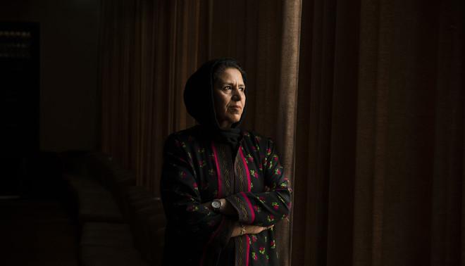 Homa Alizoy. Foto: Kiana Hayeri (voor De Correspondent)