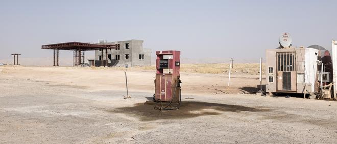 Uit de serie 'Oil City' door Eugenio Grosso