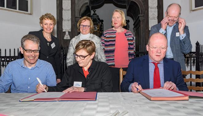 Een bijeenkomst van het burgerinitiatief dat het Sporthuisplan heeft geïnitieerd in Abcoude. Foto: Sas Schilten (voor De Correspondent)