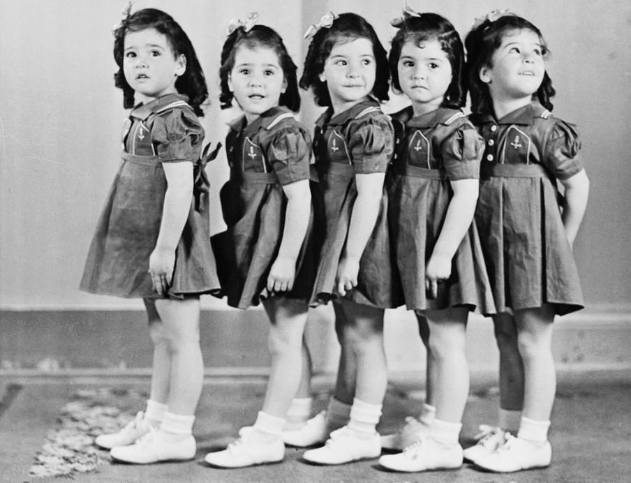 De Dionnes toen ze bijna drie jaar waren. Foto: Hollandse Hoogte