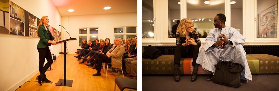 Links: mijn introductie. Rechts: Malinees Ibrahim Koreissi in gesprek met een bezoeker. Foto's: Janus van den Eijnden