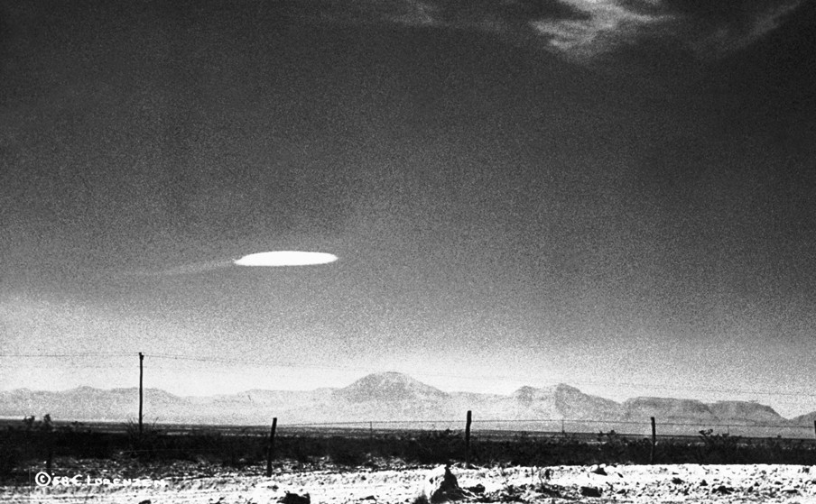 Een ufo gefotografeerd in 1957 op vijftien minuten van de Holloman Air Development Center in New Mexico. Foto: Hollandse Hoogte