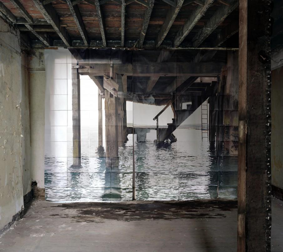 'Jetée' (2009) uit de fotoserie 'Les Armants' van Noémie Goudal. Foto: Courtesy Noémie Goudal