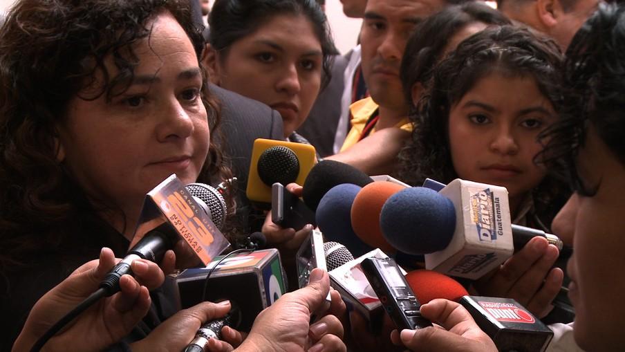 Claudia Paz y Paz, procureur-generaal van Guatemala, één van de gewelddadigste landen ter wereld. Beeld: uit de documentaire 'Burden of Peace.'
