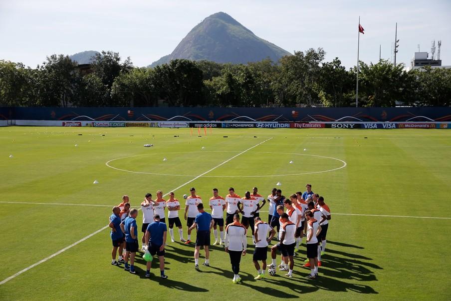 8 juni 2014: training van het Nederlands elftal in Rio de Janeiro (Brazilië). Foto: Dean Mouhtaropoulos/Getty Images