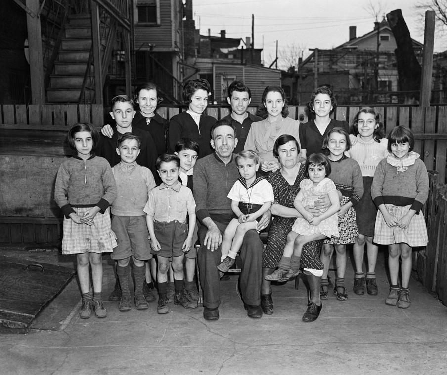Een Italiaans gezin rond 1938. Foto: Hollandse Hoogte