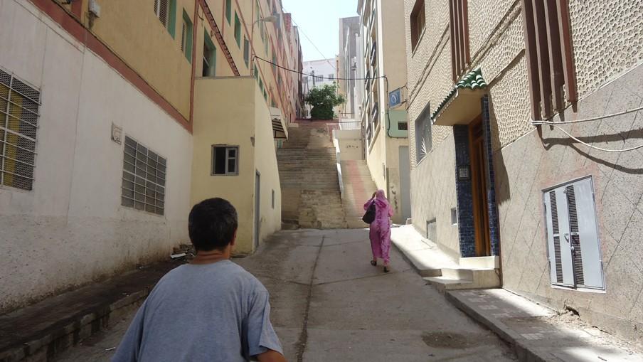 De wijk waar Fahmi, Nouredine en Mohammed el M. nu wonen in Al Hoceima (Marokko). Foto: Jutta Chorus
