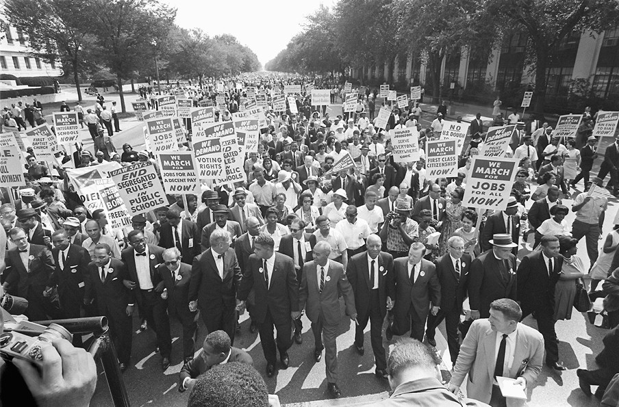 Martin Luther King (derde van links) tijdens de 'March on Washington', 28 augustus 1963. Foto: ANP.