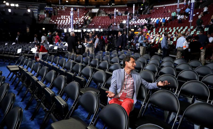 Anthony Weiner, voormalig Congressman uit New York, op de tweede dag van de Democratic National Convention in Philadelphia, 26 juli, 2016. Foto: Chip Somodevilla / Hollandse Hoogte