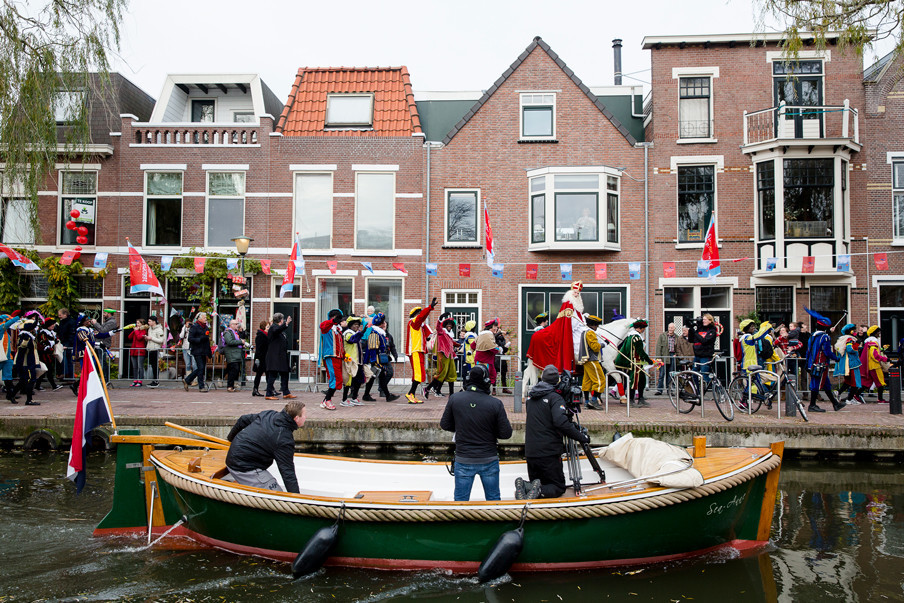 Tijdens de landelijke intocht van Sinterklaas in Maassluis. Foto: Peter de Krom