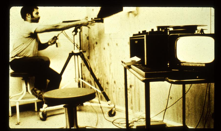 Het filmen van het experiment. Beeld: PrisonExp.org