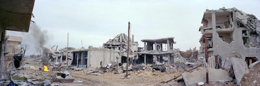 Het centrum van Kobani. Uit het fotoboek 'Syrian Collateral' van Kai Wiedenhöfer © (2016)