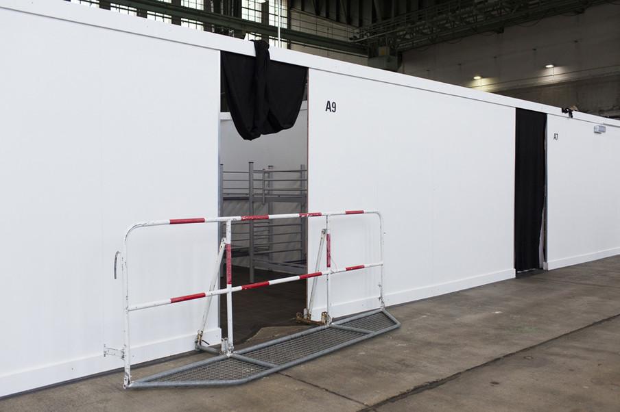 Uit de serie 'A living space' door Daniel Rupp, die hij begin 2016 maakte op voormalig vliegveld Tempelhof.