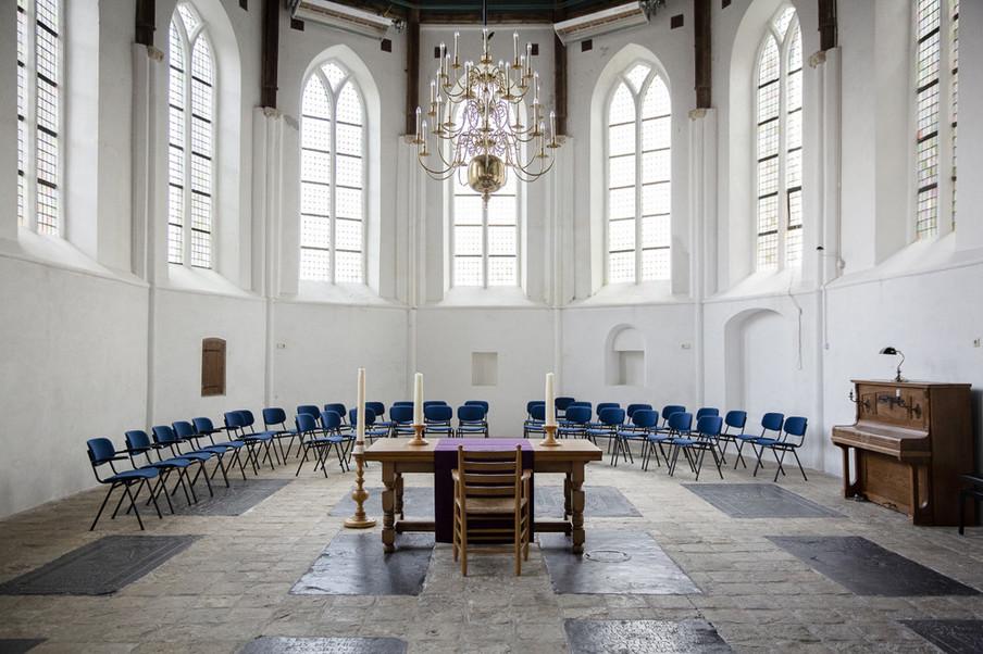 De Adriaanskerk in Dreischor. Foto's: Peter de Krom (voor De Correspondent)