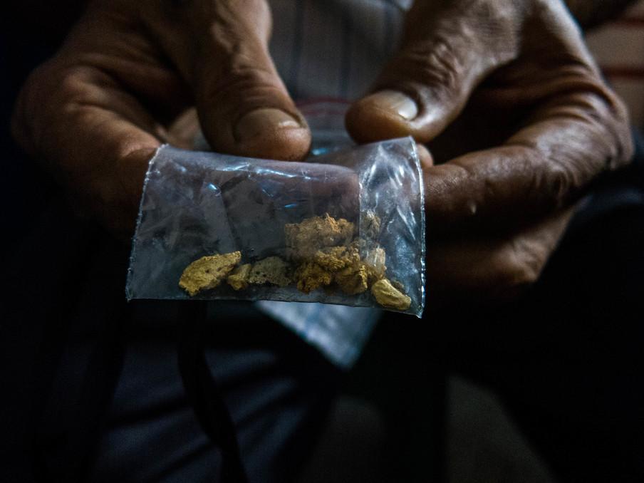 Door de hyperinflatie in Venezuela wordt goud vaak als betaalmiddel geaccepteerd. Foto: Bram Ebus