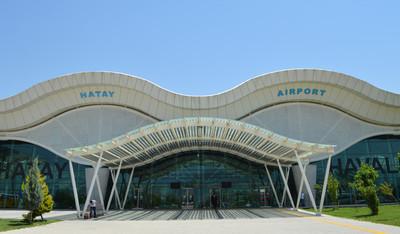 Op het vliegveld van Hatay kwamen de afgelopen jaren duizenden jihadisten aan. Foto: Tan Tunali