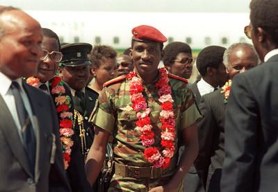 Thomas Sankara bij aankomst op een bijeenkomst van niet erkende landen in 1986. Foto: Alexander Joe/ANP