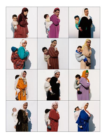 '47. Mothercare - Casablanca 2000' uit het project 'Exactitudes'. © Ari Versluis en Ellie Uyttenbroek