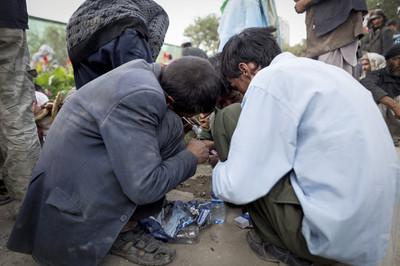 Opium, heroïne en synthetische drugs worden openlijk gebruikt in Kabul.