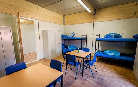 Interieur van nieuwe noodopvang voor asielzoekers in Almere. Foto's: Remko de Waal / ANP