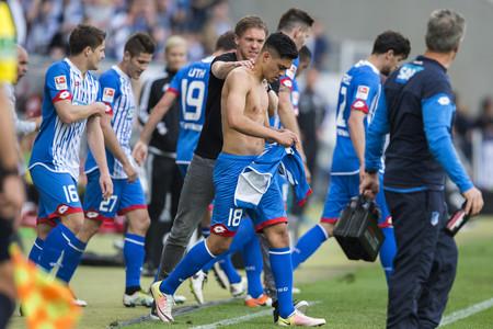 Nagelsmann na de tweede goal van zijn ploeg tegen FC Ingolstadt. Foto: Alexander Scheuber/Getty