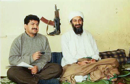 Hamid Mir interviewt Osama Bin Laden.