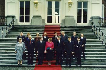 Kabinet na de inauguratie, 1989. Foto: ANP