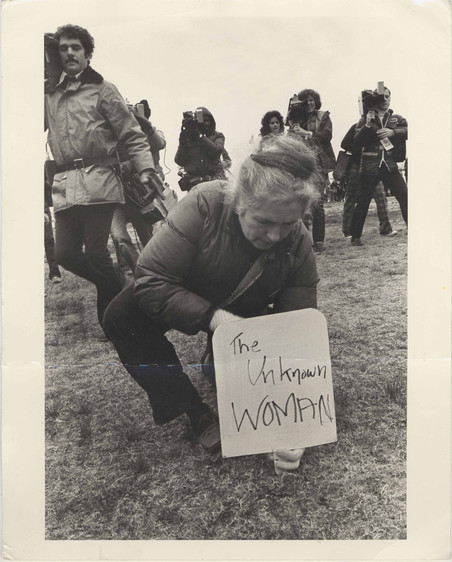 Grace Paley tijdens de Women's Pentagon Action in 1980. Foto: Dorothy Marder