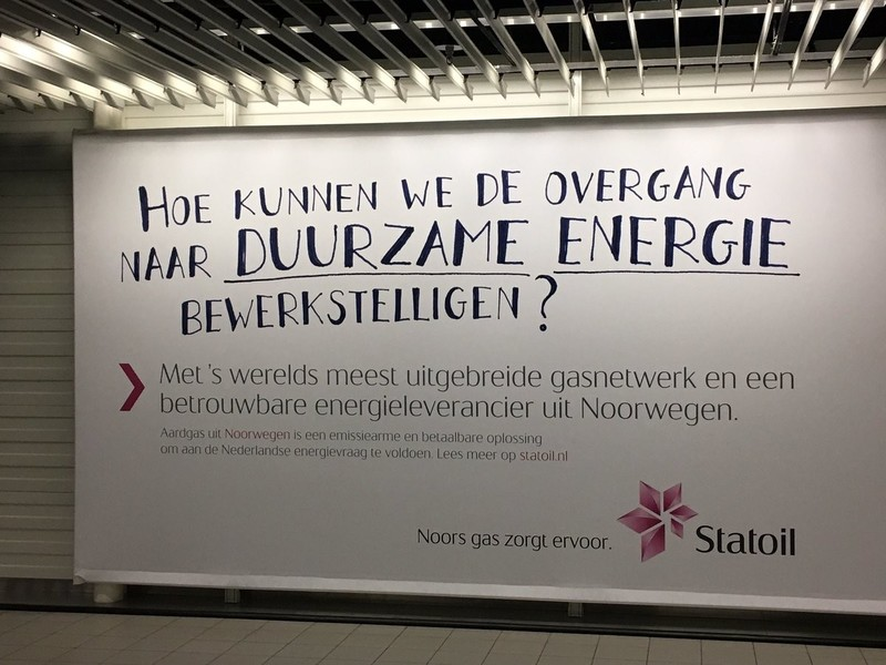 Advertentie van Statoil op Schiphol (Hallvard Surlien / Twitter)