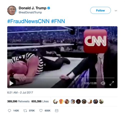 Een screenshot van de video de Donald Trump tweette.