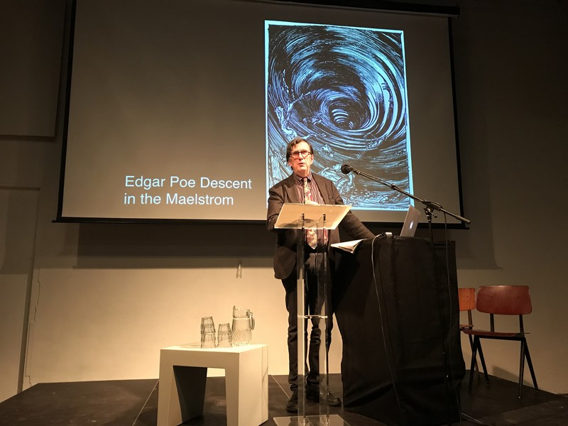 Bruno Latour in het Veem House for Performance
