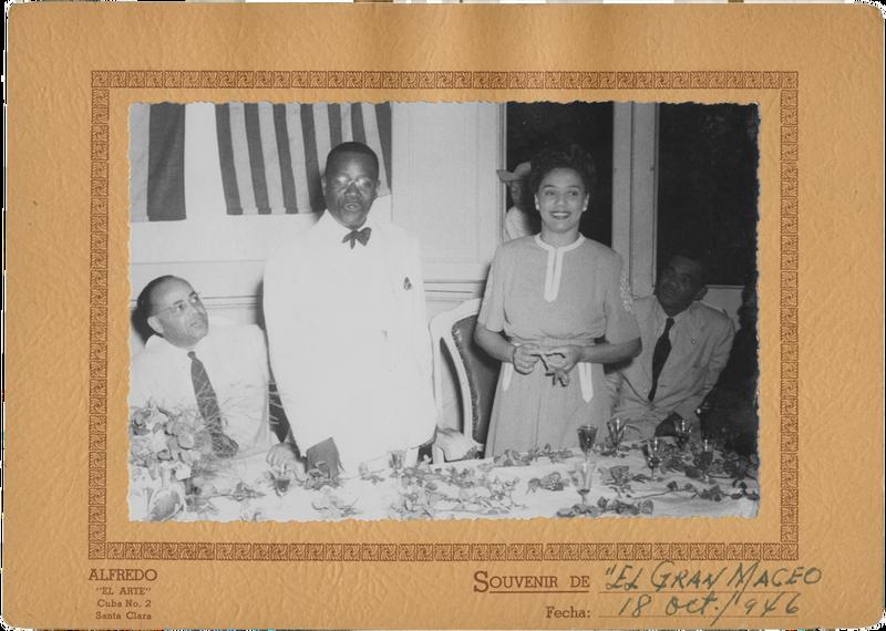 Hermina en Otto herenigt in Cuba na 5 jaar gescheiden te zijn wegens gevangenschap en  oorlog in 1946. Foto: onbekend
