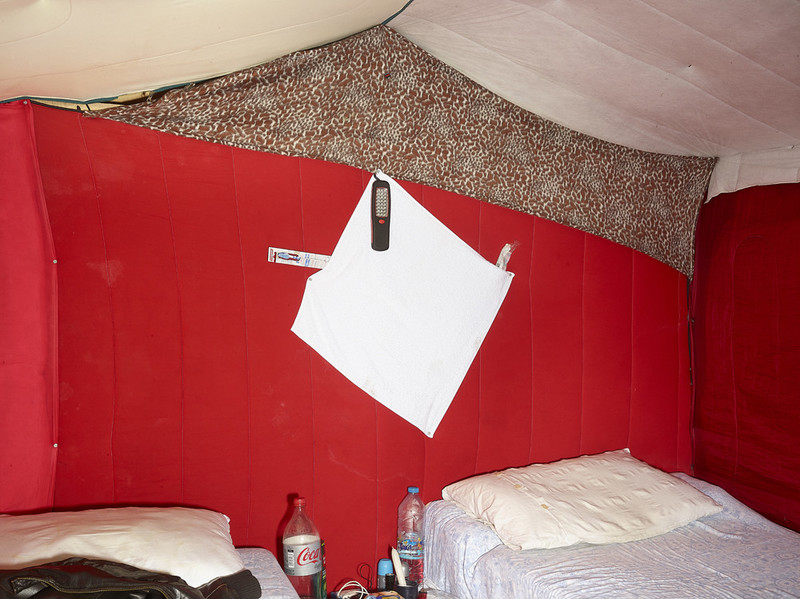 Calais (2015), uit de serie Shelter van Henk Wildschut.