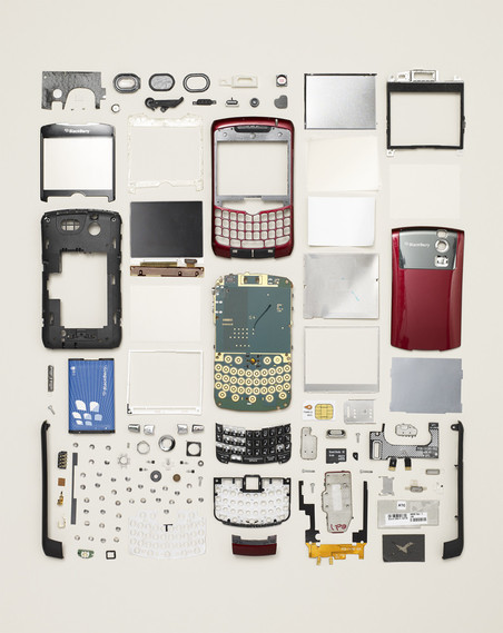 Uit de serie Things Come Apart van Todd McLellan