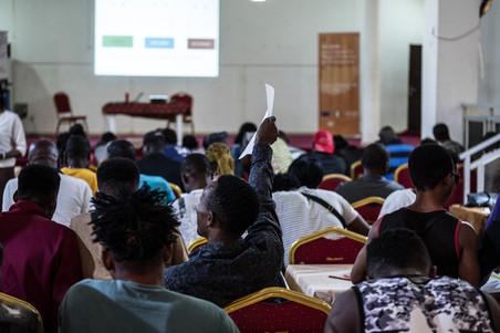 Tijdens een IOM-training voor bedrijfsvaardigheden in Lagos, Nigeria, op 16 oktober 2018. Foto's: Tom Saater (voor De Correspondent)