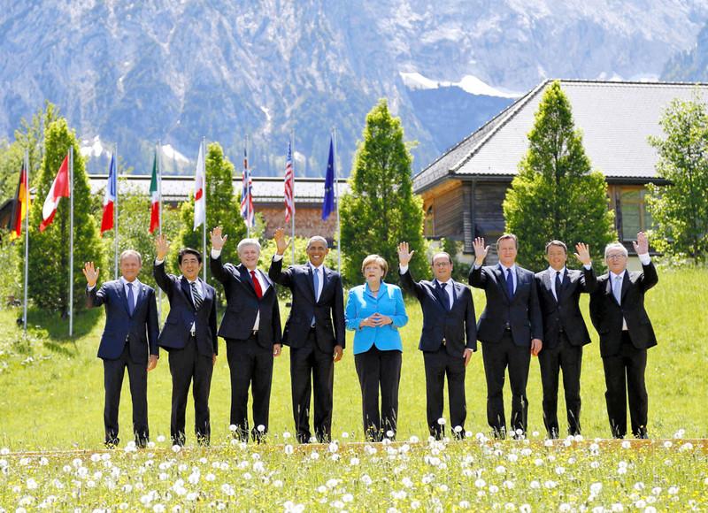 Groepsfoto tijdens de G7-top in Schloss Elmau in de Beierse Alpen. Foto: The Asahi Shimbun / Getty, 7 juni 2015