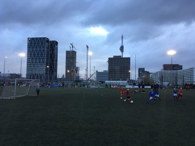 Tussen alle scouts door waren er ook nog voetballers te zien.
