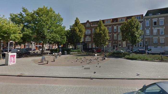 Het pleintje in juli 2017 via Google Maps