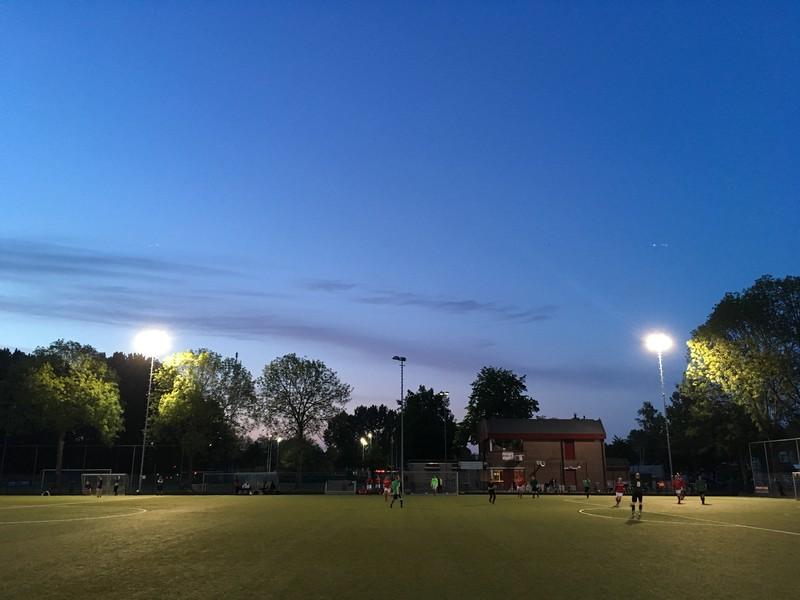 Vrijdagavondvoetbal in Utrecht