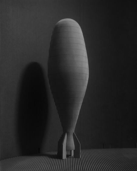 Rocket 2, 2017. Uit de serie Lunacy door Sjoerd Knibbeler.